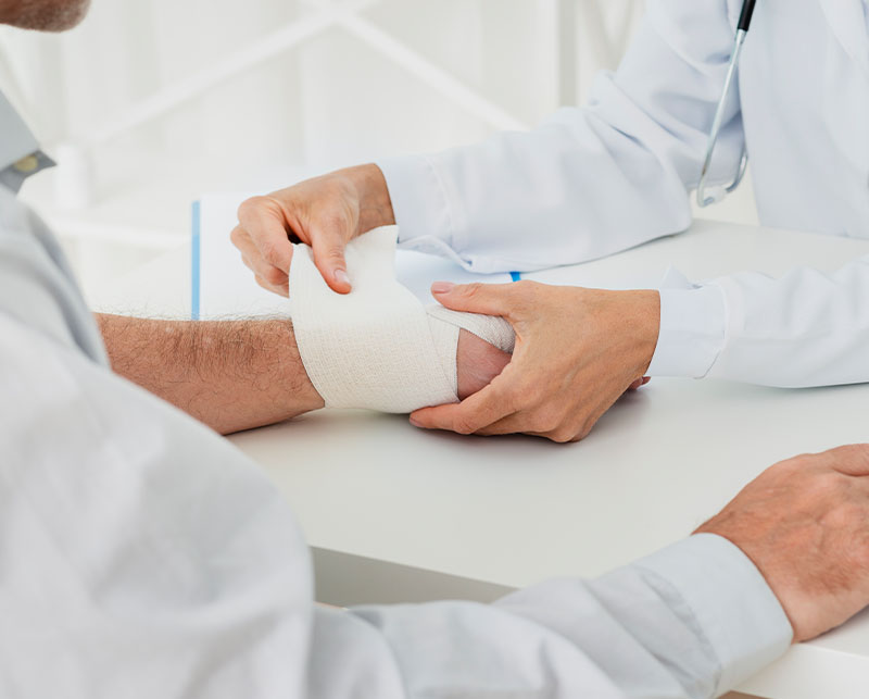 Intense Adventure First Aid Training Bandaging